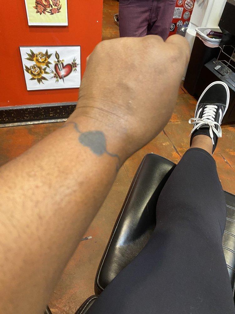 Atomic Tattoo Citrus Park Mall : atomic, tattoo, citrus, Atomic, Tattoos, Photos, Reviews, Tattoo, Citrus, Center, Mall,, Tampa,, United, States, Phone, Number
