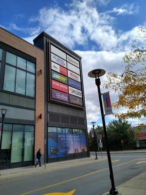 St Clair Mall Stores : clair, stores, Stock, Yards, Village, Reviews, Shopping, Centres, Clair, Avenue, Toronto,, Phone, Number