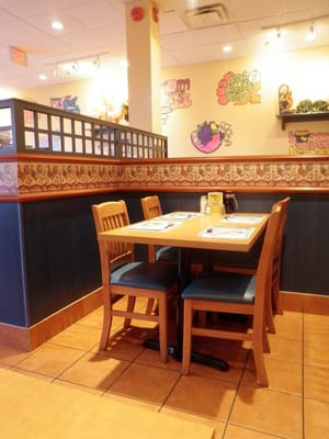Cora's Breakfast and Lunch Opening Times in Pickering, ON