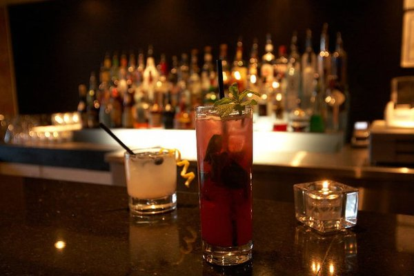 Boutique Bar Opening Times in Toronto, ON