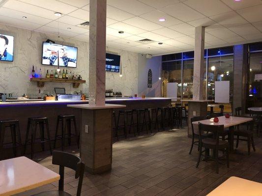 Zandru's Opening Times in Madison, WI
