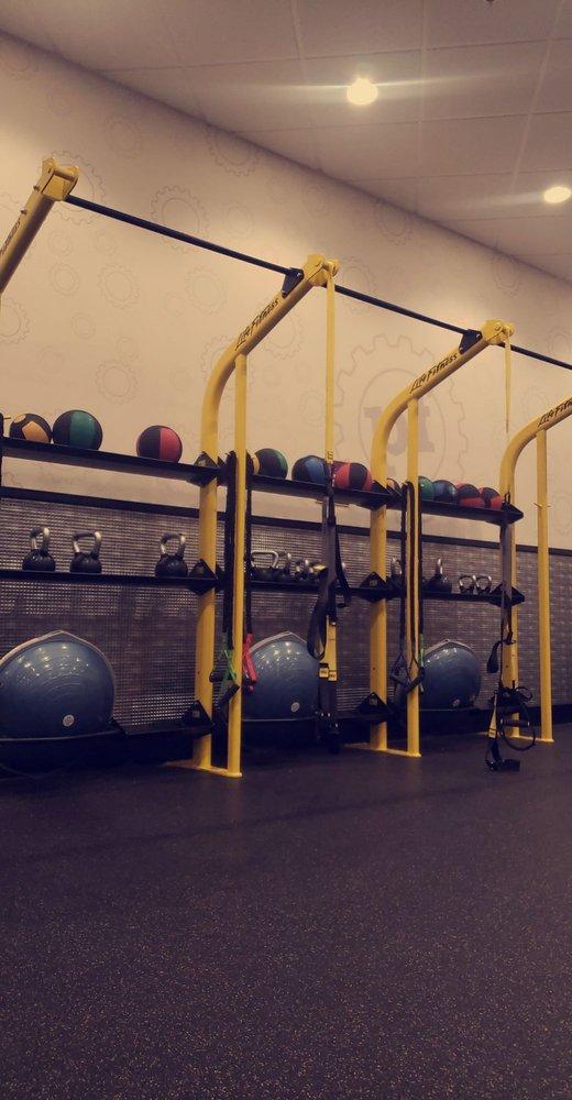Planet Fitness Burbank : planet, fitness, burbank, PLANET, FITNESS, TEMP., CLOSED, Photos, Reviews, 10950, Sherman, Burbank,, Phone, Number