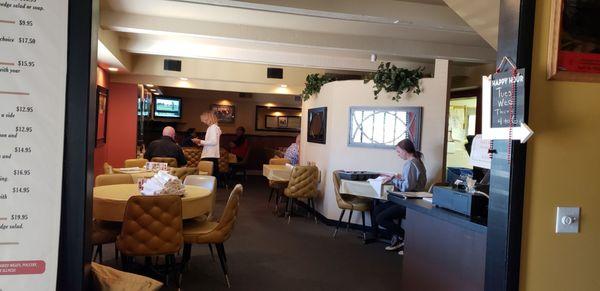 The Klassik Tavern Opening Times in Verona, WI