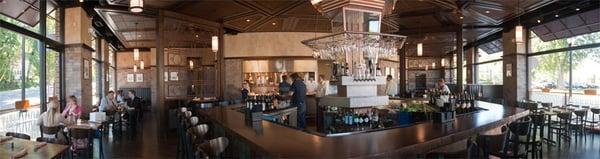 FlatIron Kitchen & Taphouse Opening Times in Davidson, NC