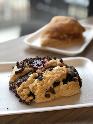 Davis Bakery & Delicatessen Opening Times in Woodmere, OH