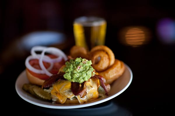 Teakwoods Tavern & Grill Opening Times in Chandler, AZ