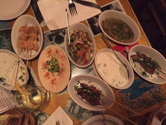 Mezzetta Restaurant & Tapas Bar Opening Times in Toronto, ON