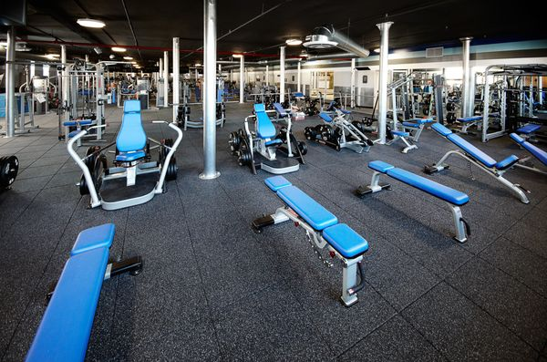 Crunch Fitness North Colorado Springs Updated Covid 19 Hours Services 53 Photos 27 Reviews Gyms 5620 N Academy Blvd Colorado Springs Co Phone Number Yelp