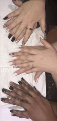 Nail Salon Yukon Ok : salon, yukon, Essence, Salon, Garth, Brooks, Yukon,, Manicurists, MapQuest