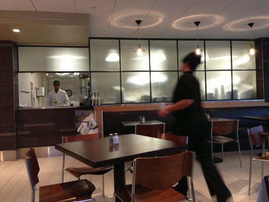 Wolfgang Puck Express Opening Times in Cleveland, OH