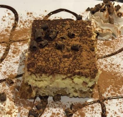 Anzios Italian Restaurant Opening Times in Phoenix, AZ