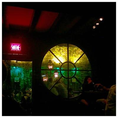 Le Sainte-Elisabeth Opening Times in Montréal, QC
