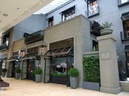 RH Toronto Courtyard Café Opening Times in Toronto, ON