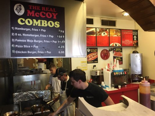 The Real McCoy Burgers & Pizza Opening Times in Scarborough, ON