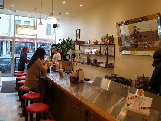 Bánh Mì Banh Yiu Opening Times in Montréal, QC