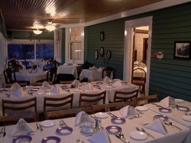 The Deane House Restaurant Opening Times in Calgary, AB
