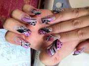 nail design with lines and dots#