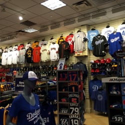Lids Locker Room  16 Photos  Sports Wear  3200 Las Vegas Blvd The Strip Las Vegas NV