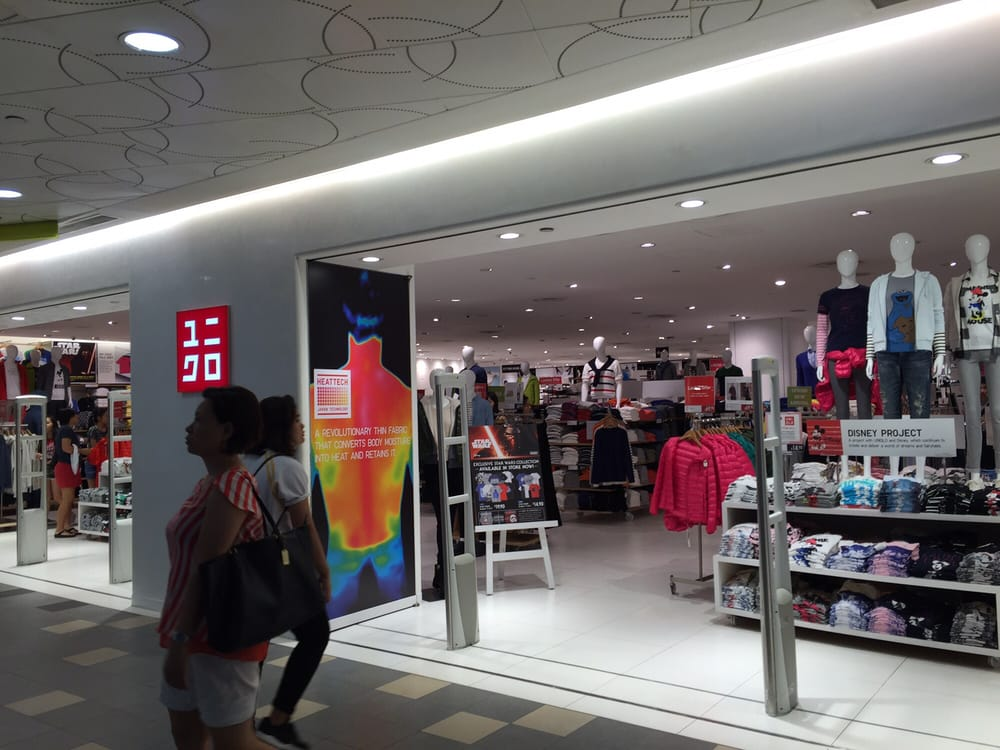 Uniqlo  Mens Clothing  10 Tampines Central 1 Tampines