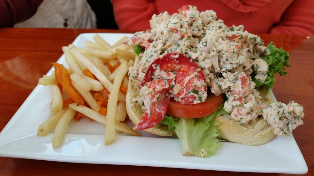 Joes Crab Shack Server