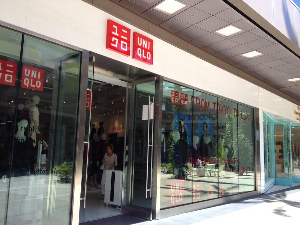Uniqlo Popup Store  CLOSED  Mens Clothing  Santa