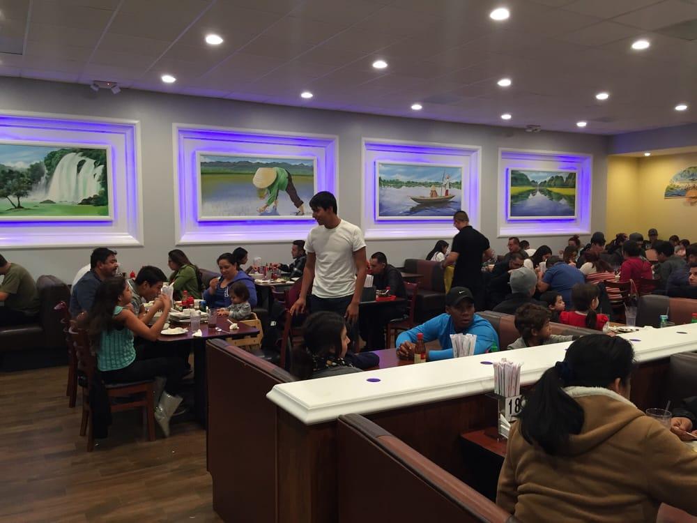 Fast Food Restaurants Near 92336