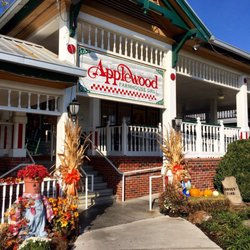 Applewood Farmhouse Grill 114 Photos Amp 127 Reviews