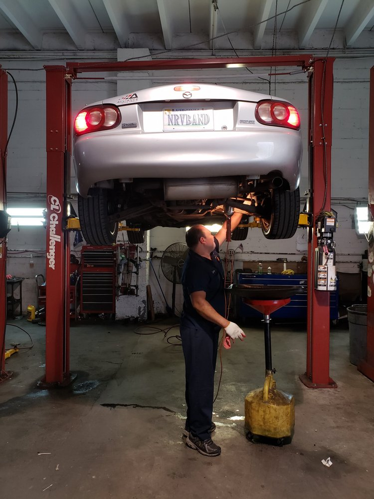 carlos the mechanic pictured