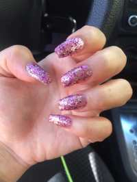 Pink Glitter Coffin Nails - Nail Ftempo