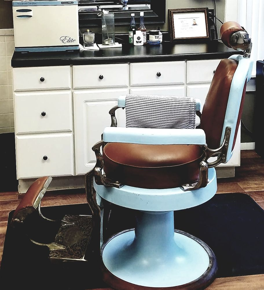 Koken Barber Chairs Come Have A Seat In This 1920 S Koken Barber Chair And Relax