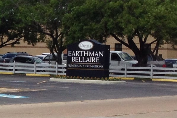 Earthman Funeral Home