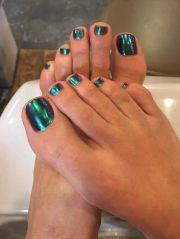 beautiful chrome toenails rose