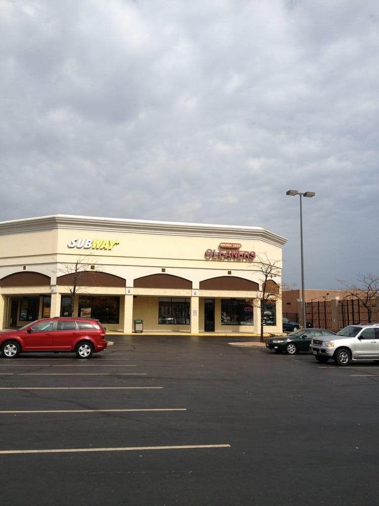 Restaurants Near Me 53223