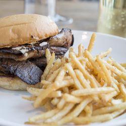 photo of hutch american kitchen bar chicago il united states