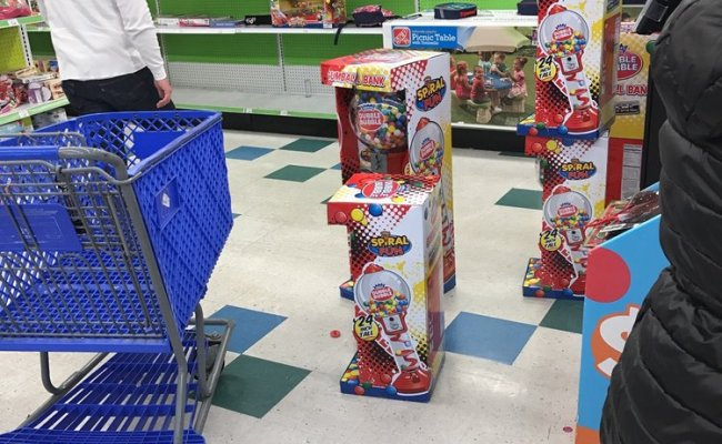 Toys R Us 52 Reviews Toy Stores 2700 Sisk Rd