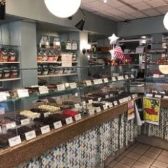 Kitchen Stores Hotel Rooms With Candy 16 Photos 35 Reviews 52 N Market St Frederick Md Phone Number Yelp