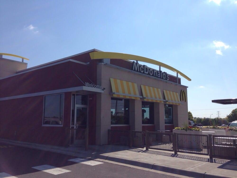 Restaurants Near Me 55112