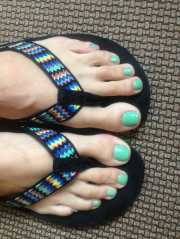 mint green toes great spa