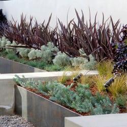 foundation landscape design - closed