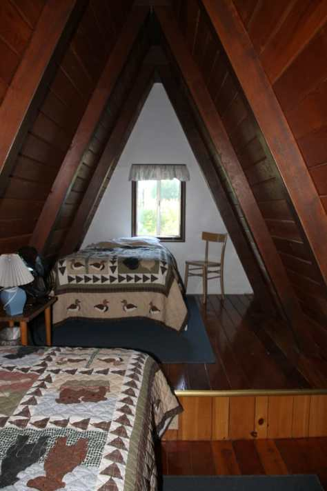 Aspen Inn Motel - Fort Klamath, OR, United States. Upstairs loft in the A-frame. Great for kids.