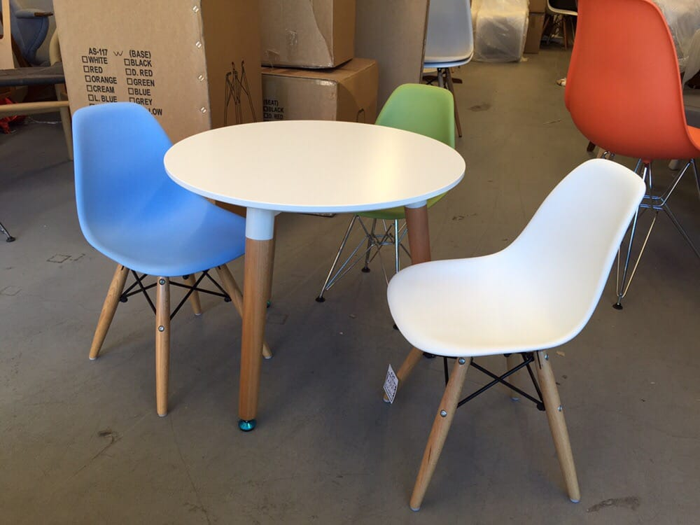 eames chair canada step 2 desk and kids table set yelp