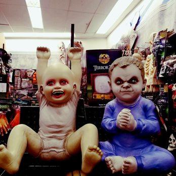 spirit halloween superstore costumes