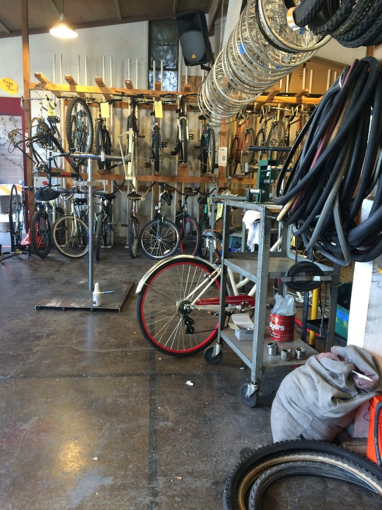 Sacramento Bicycle Kitchen  77 Reviews  Bikes  1915 I