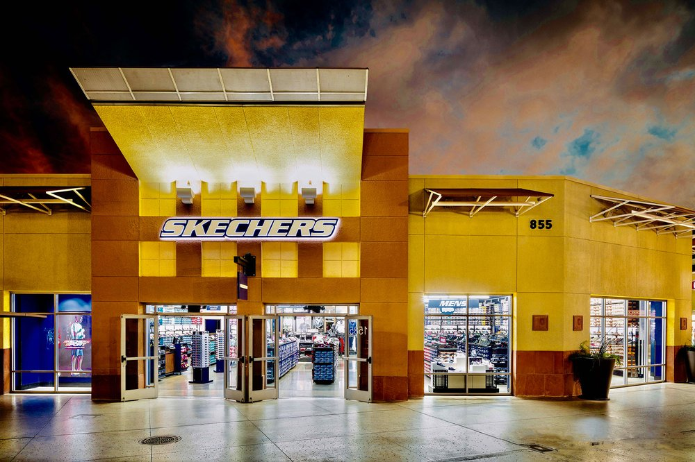 SKECHERS Factory Outlet - Shoe Stores - 4976 Premium Outlets Way. Chandler. AZ - Phone Number - Yelp