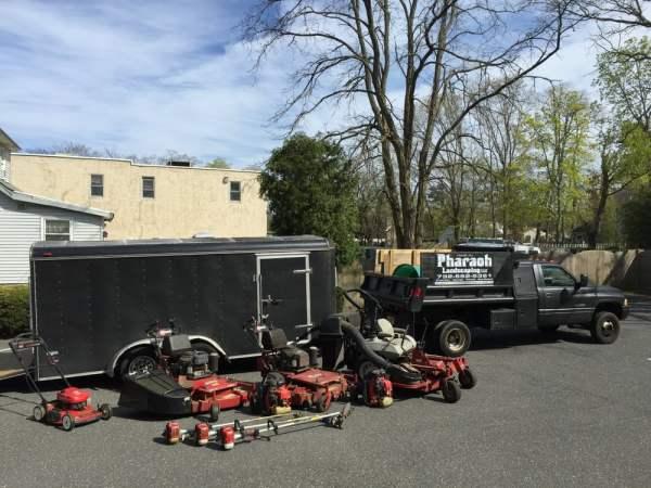 lawn maintenance crew. - yelp