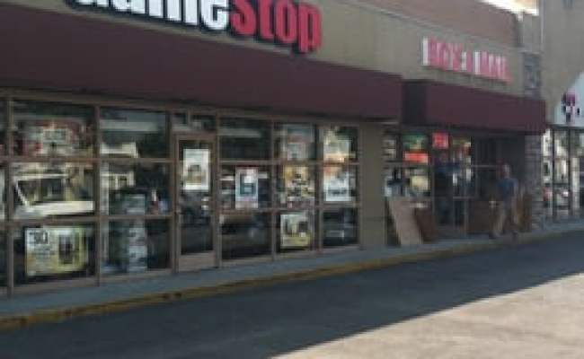Gamestop 40 Reviews Toy Shops 7160 W Beverly Blvd