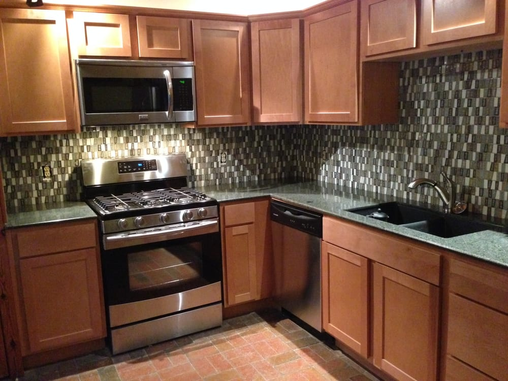 AFTER: Granite Countertops, New Cabinets, Matching
