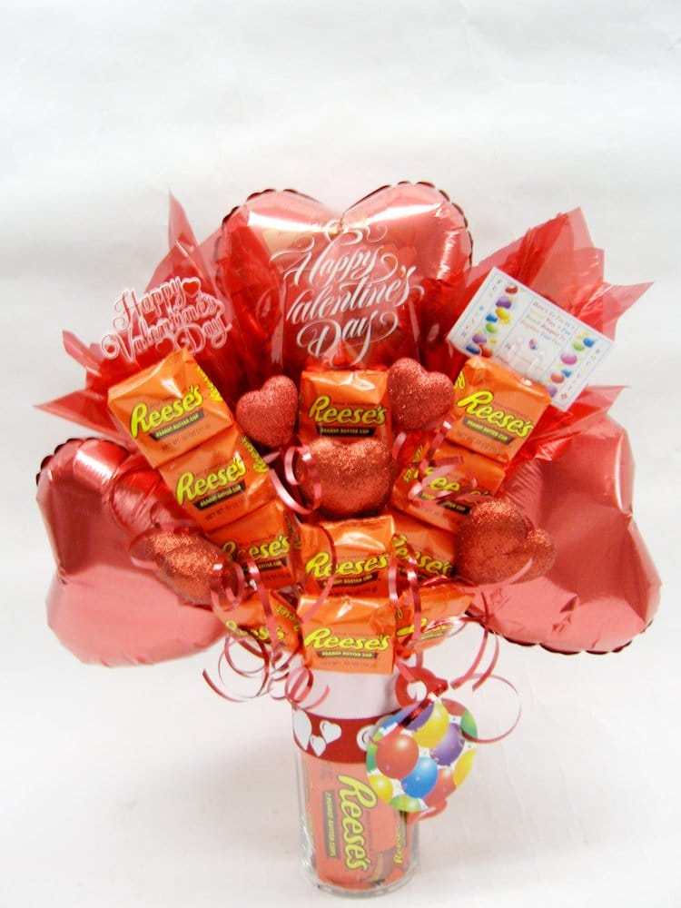 Fun Bunch 3 Balloons Amp Reeses Candy Bars Bouquet