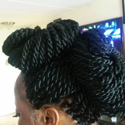 Queen African Hair Braiding