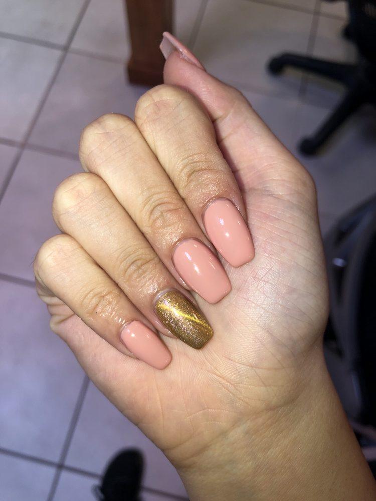 Pink And White Nails Brandon : white, nails, brandon, White, Nails, Brandon,, Giftly